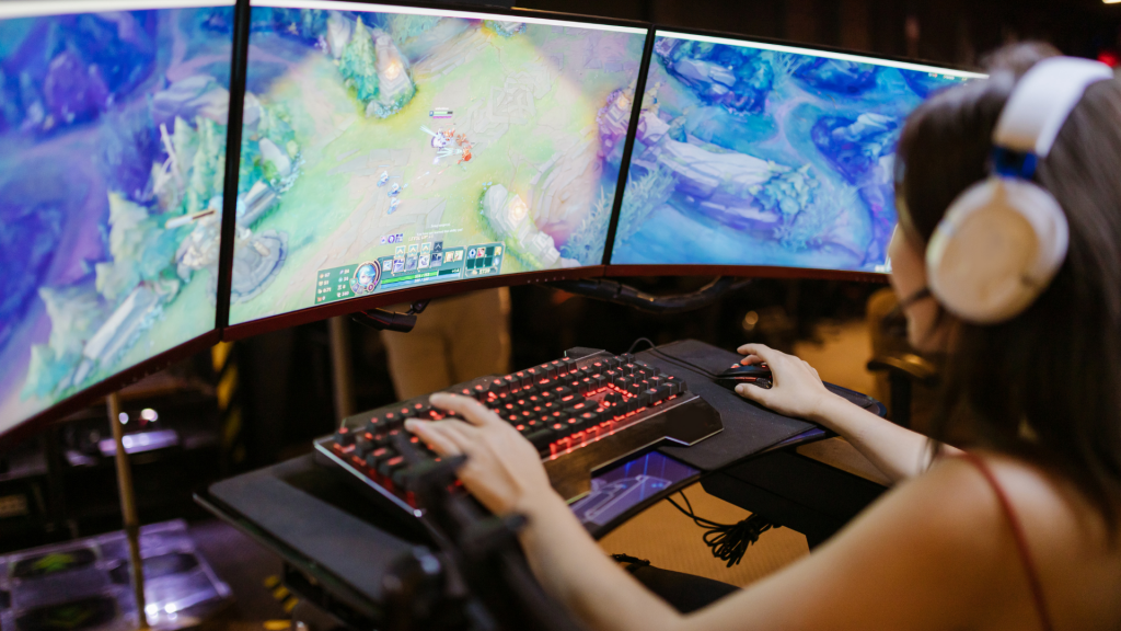 How Much RAM Does League of Legends Need?